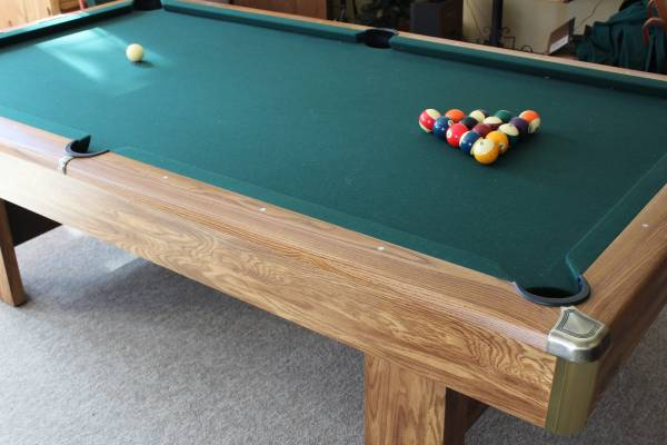 Pool Table   8ft. Brunswick, Model Bristol LI, Richmond Oak With Brass, In  Excellent Condition. You Move.