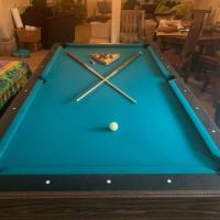 Like New 8' Pool Table